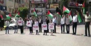 Filistinliler işgalin 72. yılında Ramallah'ta bir araya geldi