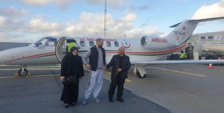 İsveç'teki kanser hastası Türk vatandaşı Türkiye'ye getirildi