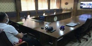 Bakan Kasapoğlu, Düzceli antrenörlerle görüştü