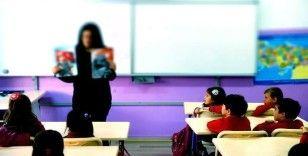 Öğretmenler için iki yeni yönetmelik yolda