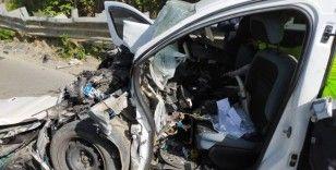 Rize'de halk otobüsü ile kamyonet çarpıştı: 1 ölü, 6 yaralı