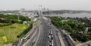 Kısıtlama sonrası 15 Temmuz Şehitler Köprüsü havadan görüntülendi