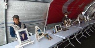 HDP önündeki ailelerin evlat nöbeti 257'inci günde