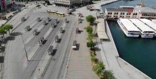Kısıtlamada boş kalan Kadıköy Meydanı havadan fotoğraflandı