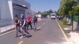 Adana'da biri kadın iki torbacı tutuklandı