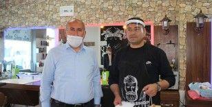 Kırıkkale'de 'askıda tıraş' dayanışması başlatıldı