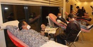 """Kritik düzeye inen kan stokları için """"İftardan-Sahura"""" kan bağışı"""