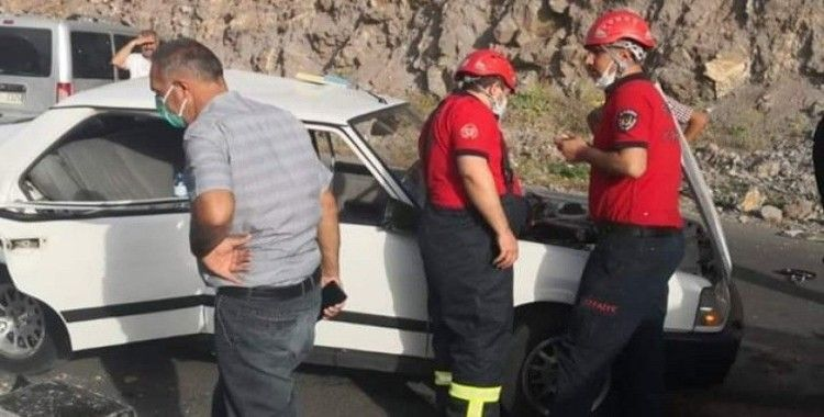 Şanlıurfa'da trafik kazası: 5 yaralı