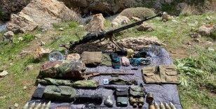 Başkale'de silah, mühimmat ve malzeme ele geçirildi