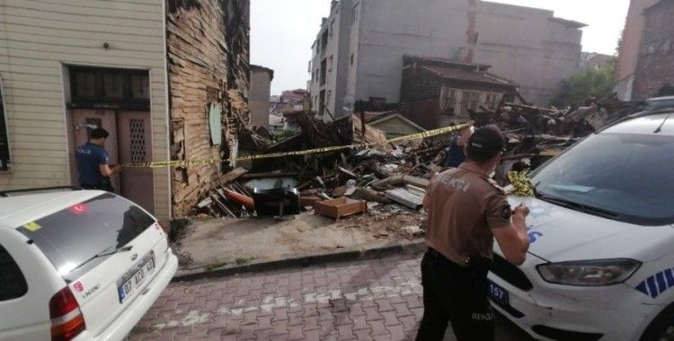 Beyoğlu'nda 3 ay önce yanan evde kafatası bulundu