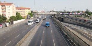 Sokağa çıkma kısıtlamasının üçüncü gününde İstanbul trafiğinde son durum