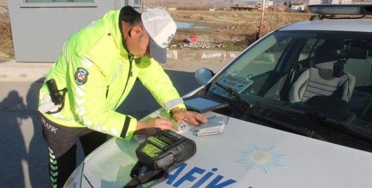 4 günlük sokağa çıkma kısıtlamasında 28 bin 256 kişiye adli ve idari işlem uygulandı