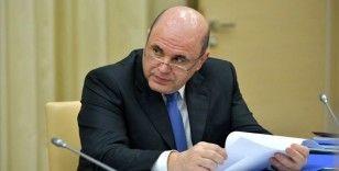 Kovid-19'a yakalanan Rusya Başbakanı Mişustin görevine döndü