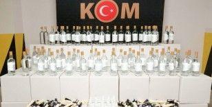 Eskişehir'de yüzlerce liste sahte içki üretiminde kullanılabilecek malzeme ele geçirildi