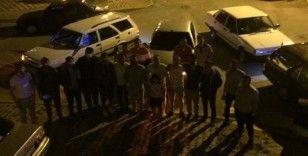 """Drift bir grup: Polis memuru geliyor; """"Ne memuru! Yasaktan sonra biz"""""""