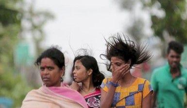 Hindistan ve Bangladeş'te 3 milyon kişi tahliye ediliyor