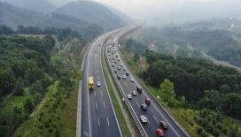 Trafiğe kayıtlı motorlu kara taşıtlarınca 306 milyar 926 milyon kilometre yol katedildi