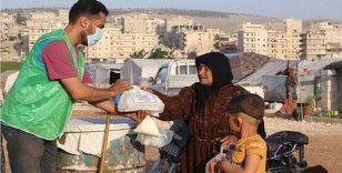 İHH Afrin'de 20 bin kişilik iftar yemeği dağıttı