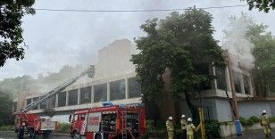Şişli'de iş yerinde korkutan yangın