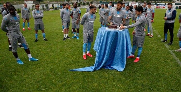 Trabzonspor'da Da Costa ve Guilherme'ye doğum günü sürprizi
