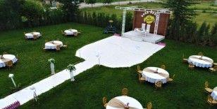 Artık düğünlerde de 'sosyal mesafe'