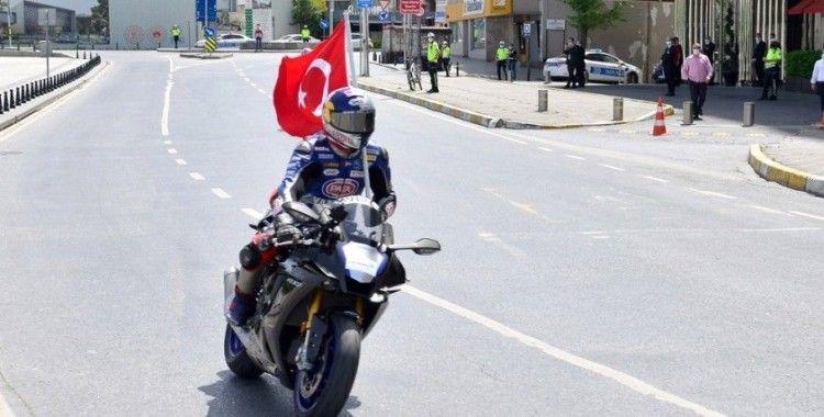 Sofuoğlu ve Razgatlıoğlu yerli ve milli lastiklerle yarıştı