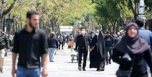 Doktor Hüsrevniya: İran'da Kovid-19 vaka sayılarındaki tırmanış endişe verici