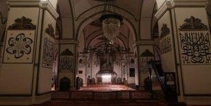 Ramazan'ın son cumasında da camiler mahzun