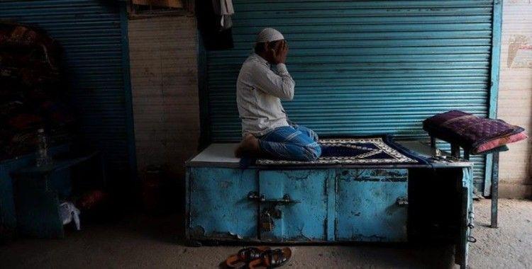 Hint Müslümanları Ramazan Bayramı'na Kovid-19 önlemleri altında giriyor