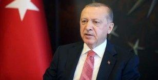 Erdoğan: Unutmayınız siyaset girmekle talip olduğumuz tek şey milletimizin hizmetkarlığıdır