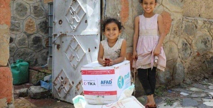 TİKA Yemen'de 3 bin gıda kolisi dağıttı