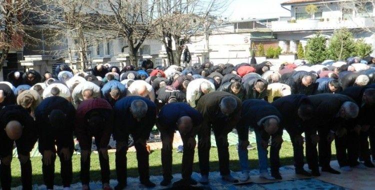 Kosova'da Covid-19 tedbirleri kapsamında bayram namazı kılınmayacak