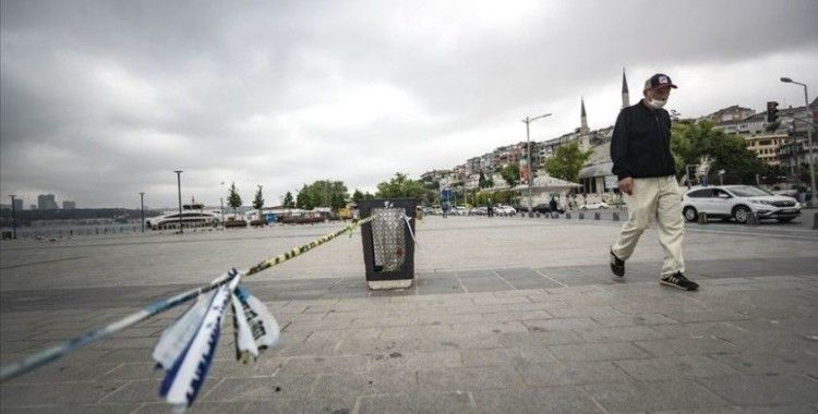 Türkiye salgının gölgesinde buruk bir bayram sabahına uyanacak