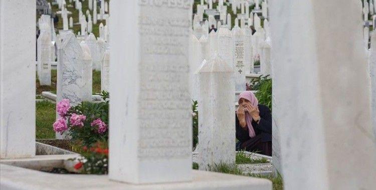 Bosna Hersek şehitleri dualarla anıldı