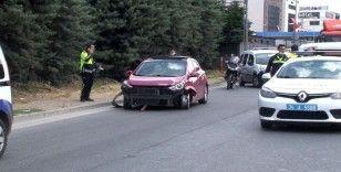 Kaçan şüpheliler polis aracı ile çarpıştı