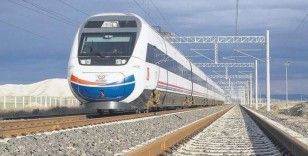 Konya Tren Garı'nda YHT seferi hazırlığı