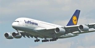 Lufthansa, 9 milyar euroluk 'kurtarma paketi'ni beklemeye aldı