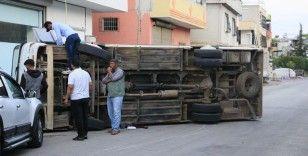 Tarım işçilerini taşıyan servisler çarpıştı: 12 yaralı