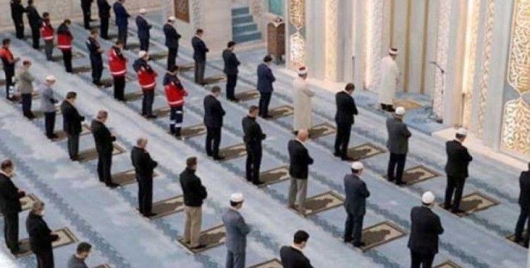 İstanbul'da cuma namazı kılınabilecek camiler açıklandı