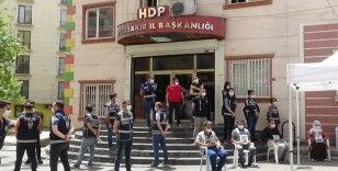 HDP önündeki ailelerin evlat nöbeti 269'uncu gününde