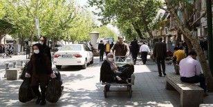 İran'da Kovid-19 nedeniyle ölenlerin sayısı 7 bin 627'ye yükseldi