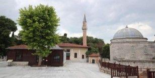 Zeytinburnu'nda camiler Cuma namazına hazır