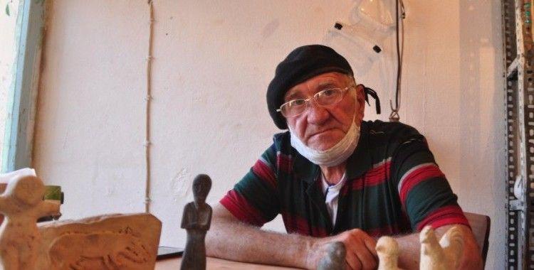 Suriye'deki iç savaştan kaçıp Türkiye'ye geldi, yaptığı heykellerle yaşama tutundu