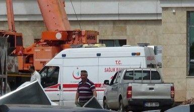 Diyarbakır'da inşaattan düşen 2 işçi yaralandı