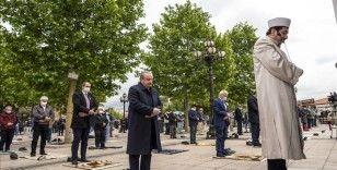 TBMM Başkanı Şentop, cuma namazını Hacı Bayram-ı Veli Camisi'nde kıldı