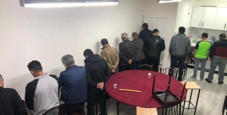 Başkentte kumar oynayan 12 kişiye 40 bin 950 TL idari para cezası verildi