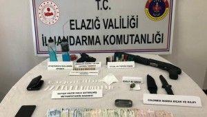 Elazığ'da uyuşturucu taciri, silahlarla yakalandı