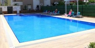 Sağlık Bakanlığından sitelerdeki yüzme havuzları için Kovid-19 tedbirleri