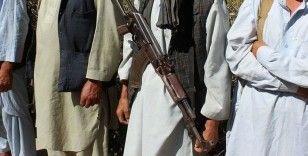 Taliban lideri Akhundzade'nin Kovid-19'dan öldüğü iddia edildi