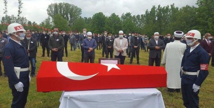 Trafik kazasında hayatını kaybeden Uzman Çavuş Simav'da toprağa verildi